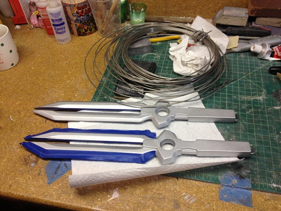 Hei's Daggers - Silver Paint